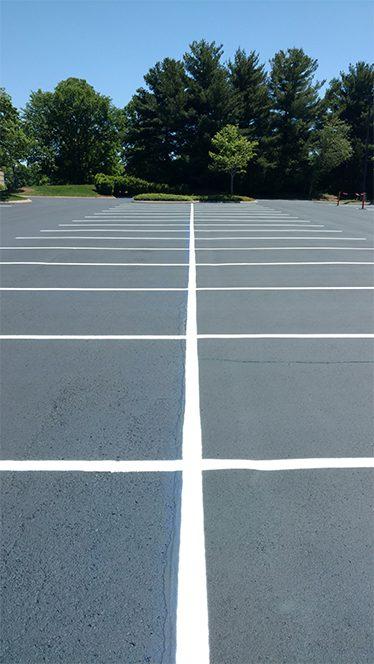 Striping and parking lot striping Nashville TN