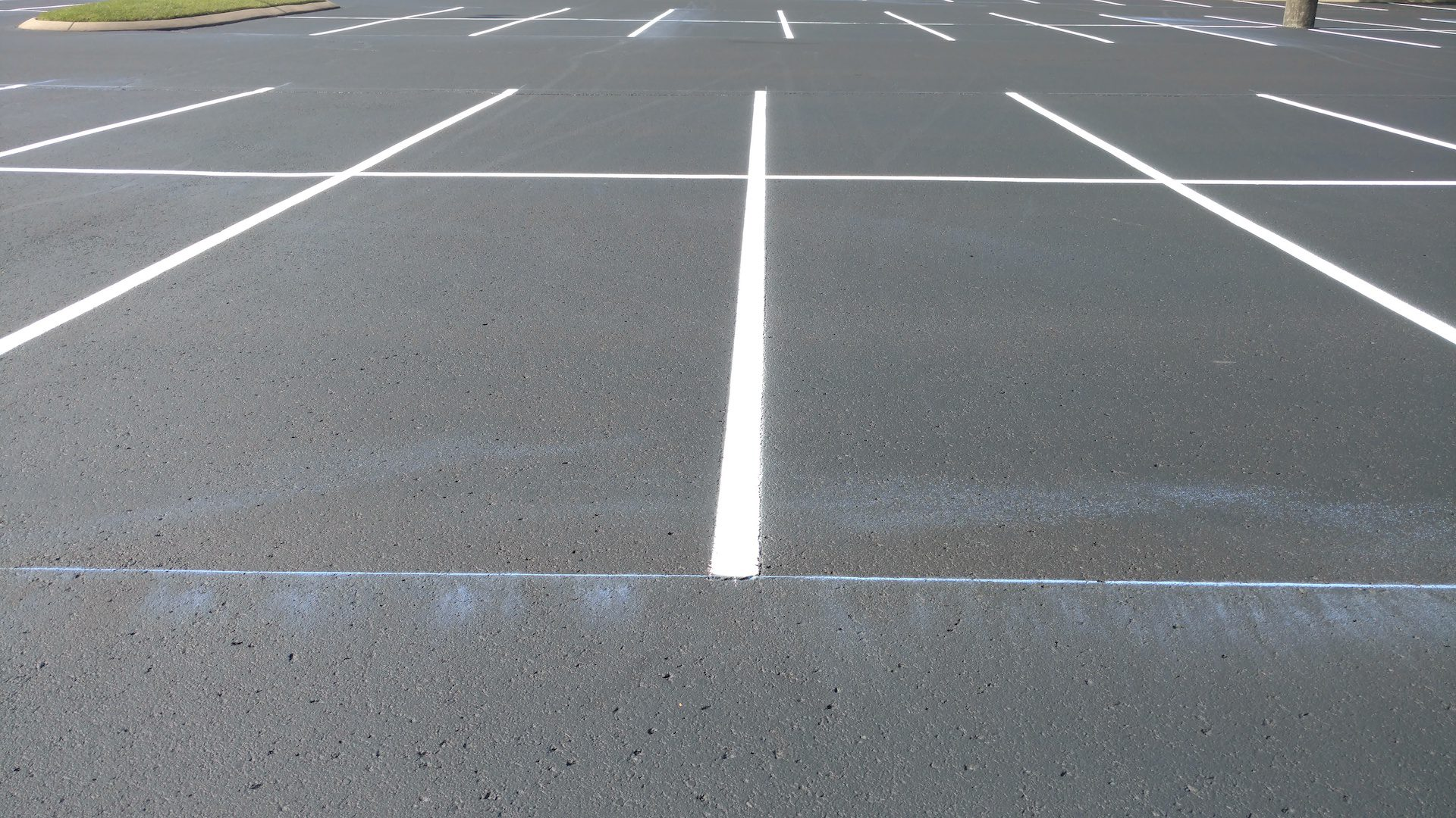 Striping and parking lot striping Nashville TN